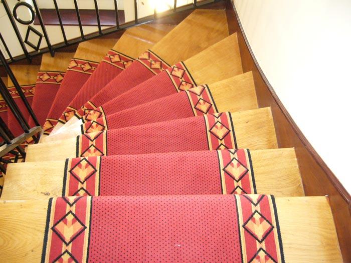 passage d escalier le blog du sol. Black Bedroom Furniture Sets. Home Design Ideas